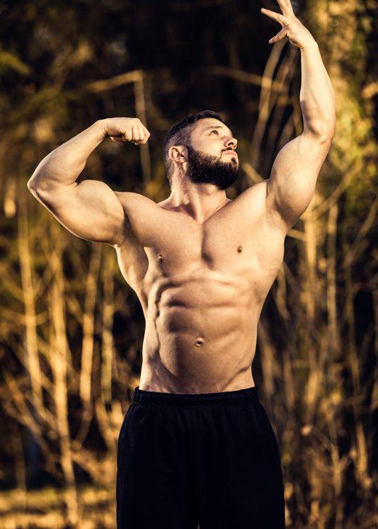 Fotograf Kempten edelformat Fitness-Bodybuilding Posing Outdoor