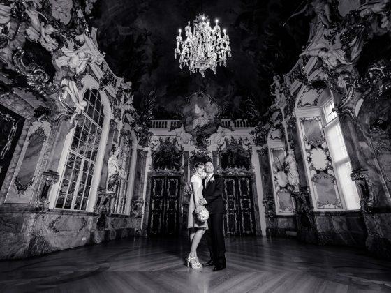Hochzeitsfotograf-Allgaeu-Brautpaar Prunkraeume Kempten Grosser Saal
